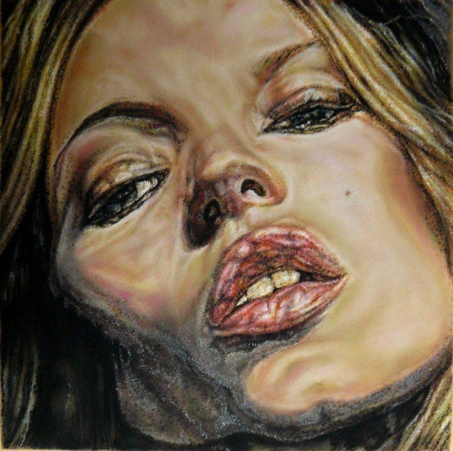 Lucian Freud emite novos sinais sobre o corpo humano, não é a alma, ou um interior intenso e quase sagrado que quer mostrar, mas novas possibilidades do corpo. Para isso desfaz padrões, reais e imaginários. Parece regressar às antecâmaras de Auschwitz, aos corpos que se desnudavam sem qualquer erotismo, aos corpos-objectos entre a vida e a morte. Neste caso, os lábios de Kate Moss guardam ainda pulsões sexuais, mas esse destaque talvez queira realçar, em negativo, o resto de uma cara que é sobretudo um complexo biológico preparado para envelhecer e morrer.
