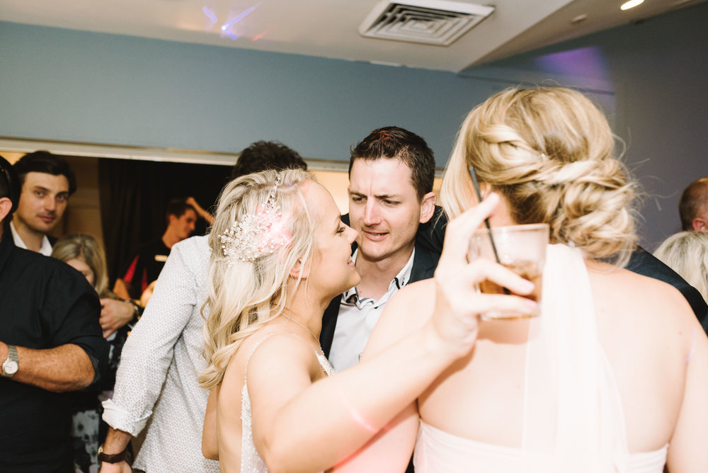 sunshine-coast-wedding-photography-106.jpg