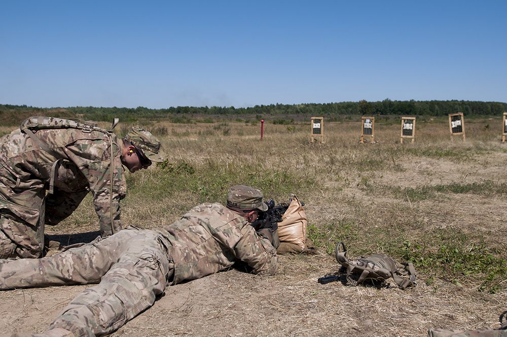 U.S. paratroopers training at the shooting range.