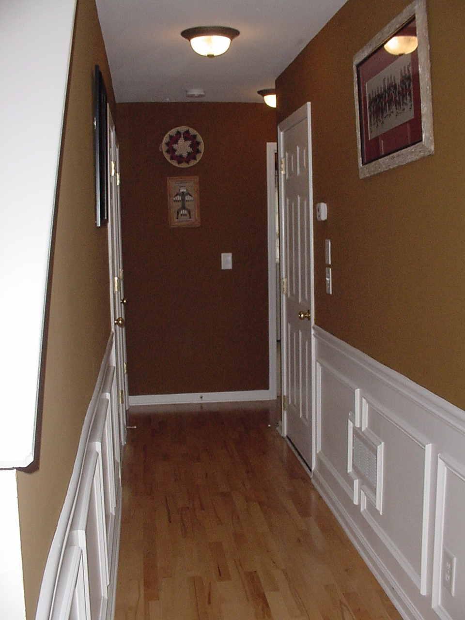 Foyer 13.jpg
