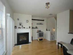 Living Room 18.jpg