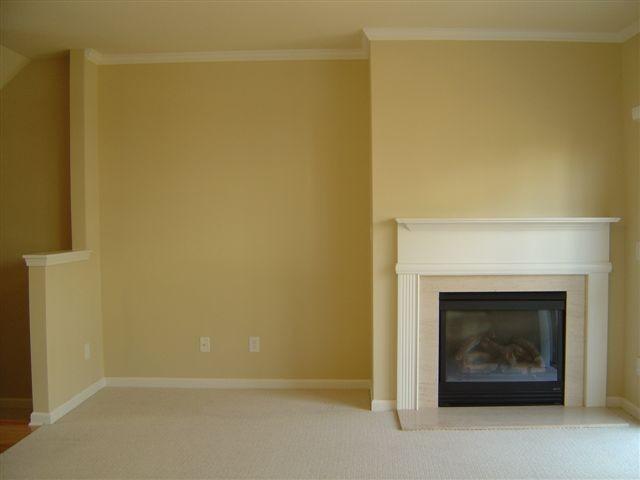 Living Room 26.JPG