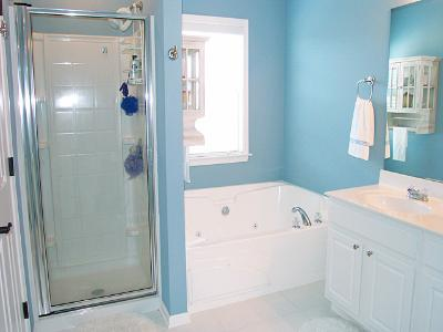 Bathrooms - Townhomes.jpg