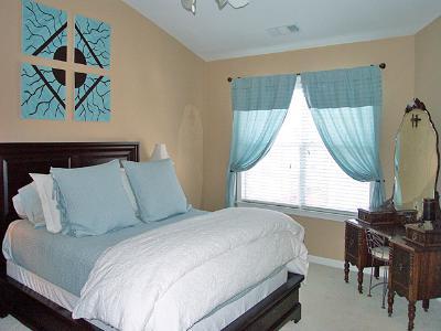 Bedroom Master - Townhomes.jpg