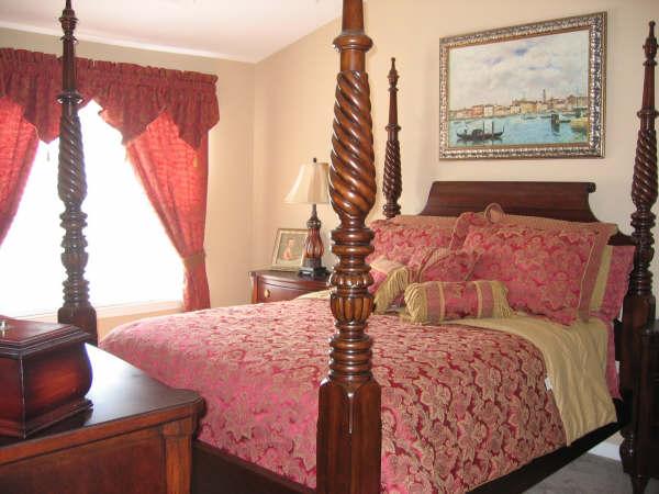 Bedroom Master 17-Townhomes.JPG