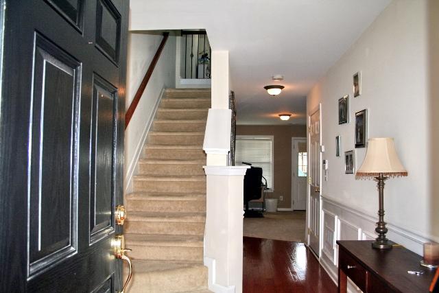 Foyer19-Townhomes.jpg