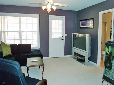 Game Room 2 - Townhomes.jpg