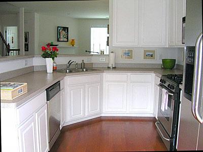 Kitchen1-Townhomes.jpg