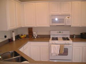 Kitchen 19 -Townhomes.jpg