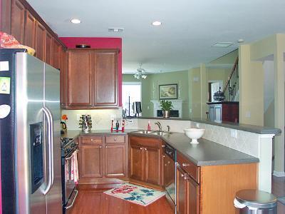Kitchen2 - Townhomes.jpg