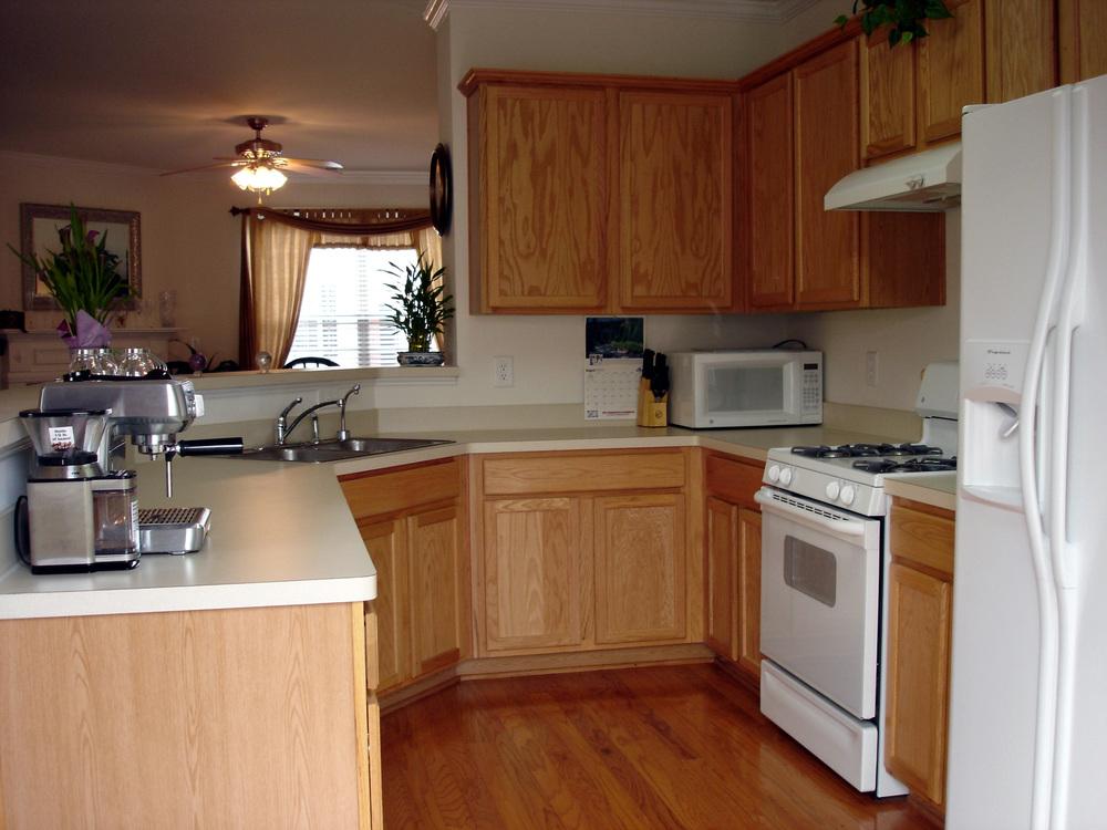 Kitchen16-Townhomes.jpg