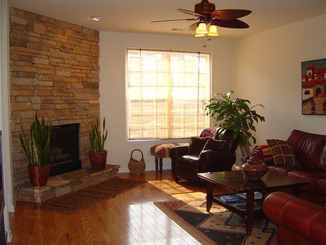 Living Room3-Townhomes.JPG