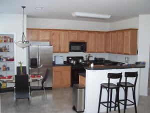 Kitchen - Townhomes 14.jpg
