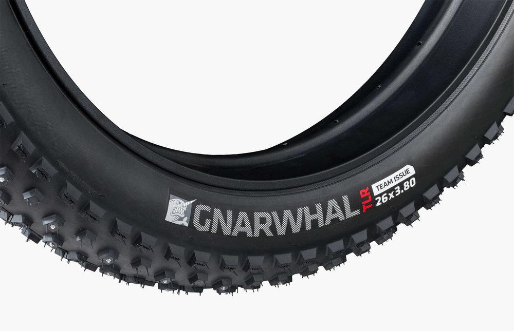 Bontrager-fat-bike-tire-gnarwhal-rougarou-9.jpg