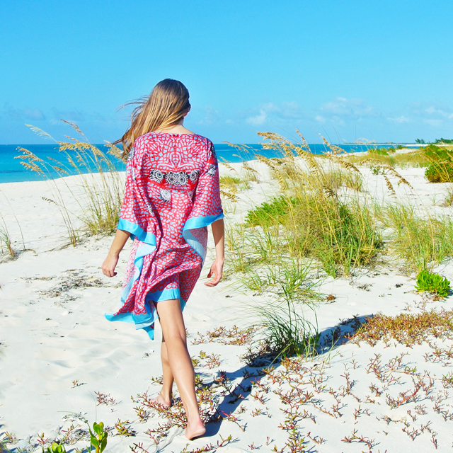 • sea side in the sea fan kaftan •