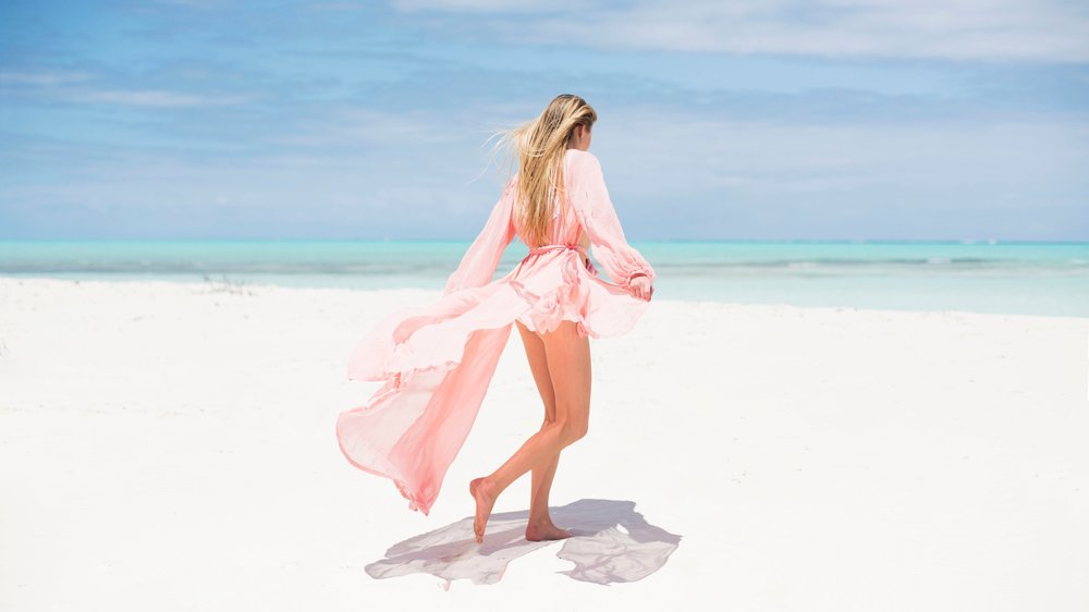 sea_sage_turks_and_caicos_middle_caicos_wild_cow_run_caribe_robe_amy_brown.jpg
