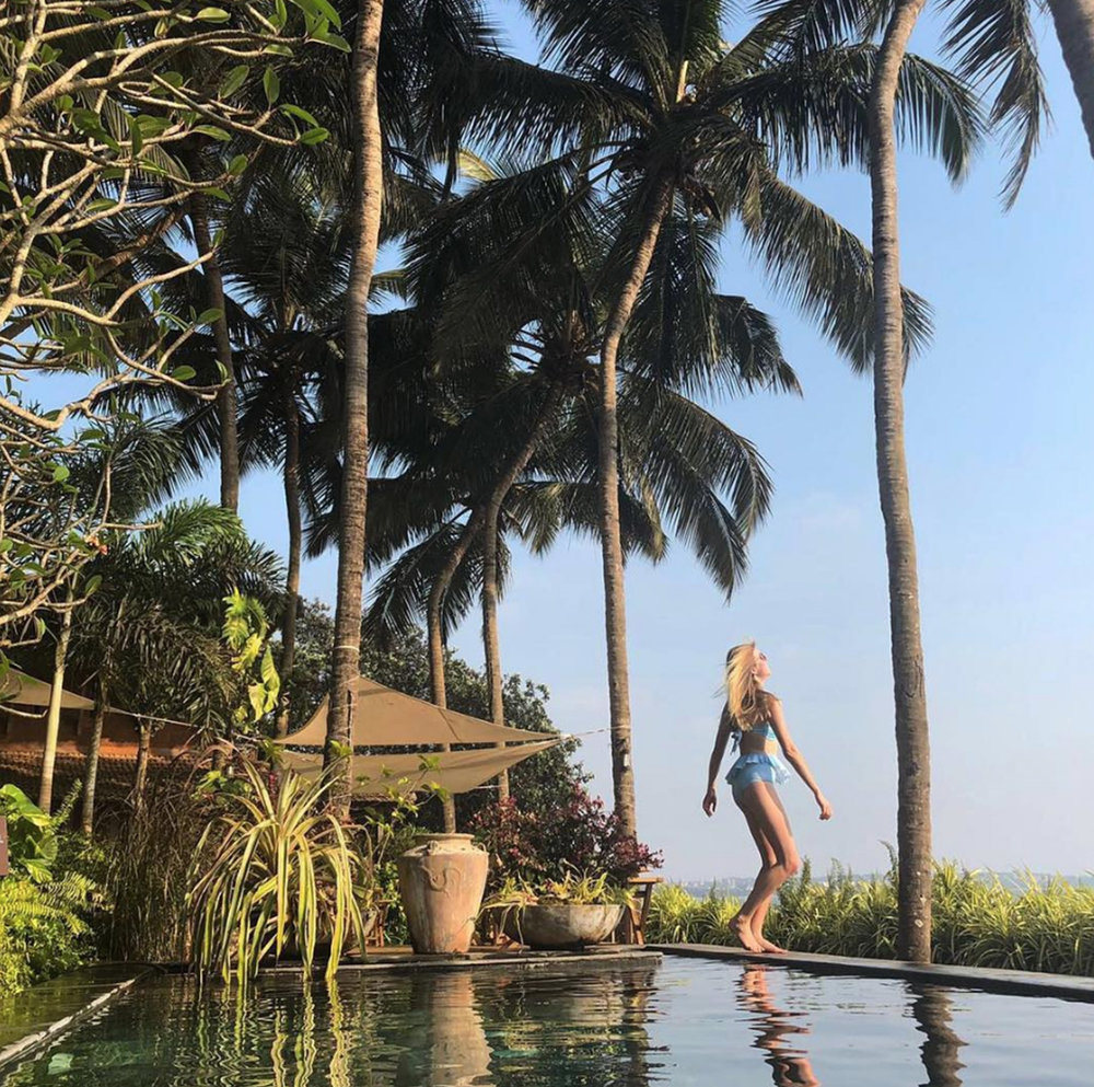 • soaking up the sun - nerul - goa - india •