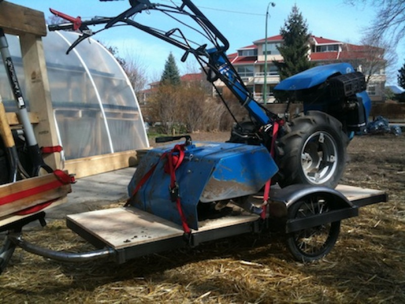 Walking tractor on a bike trailer