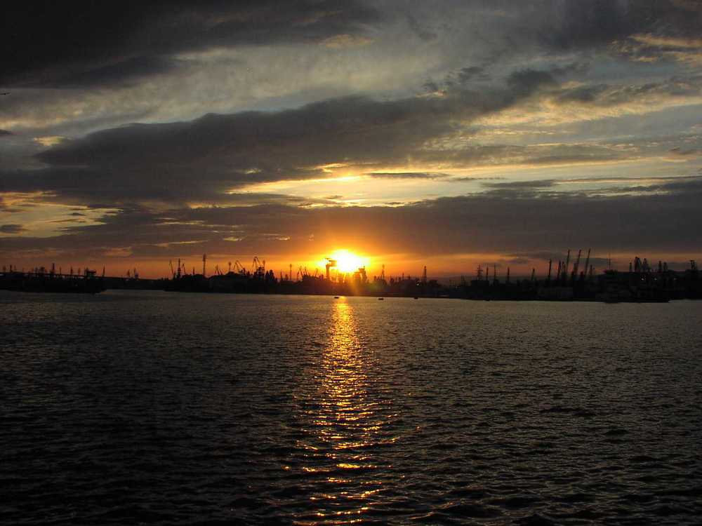 sun setting on black sea 2.jpg