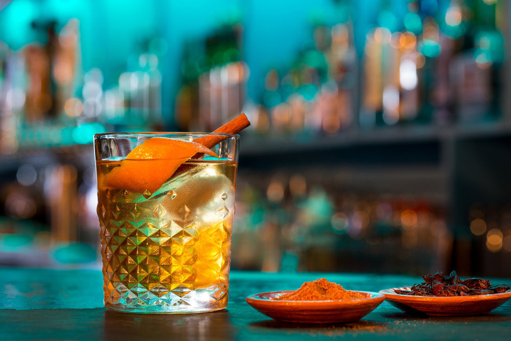 Tequila / Mezcal Old Fashioned - Photo: Clandestino