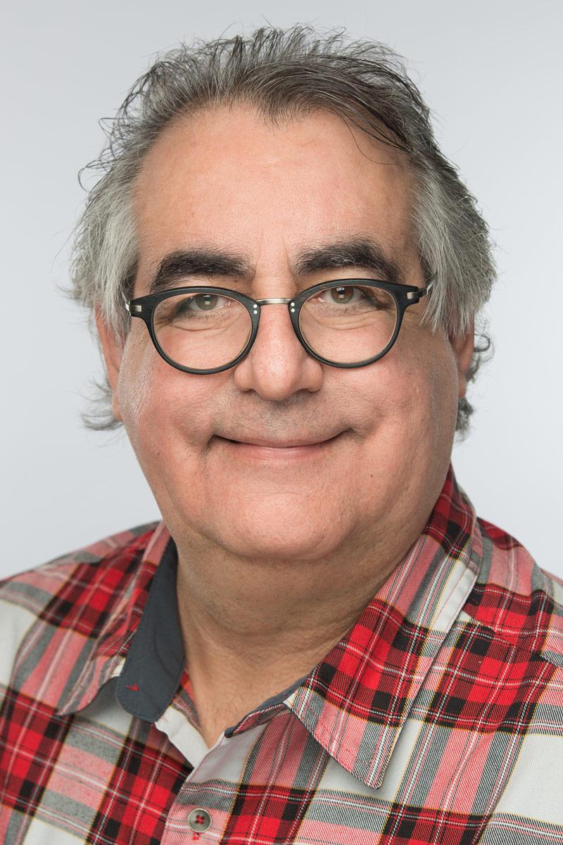 portrait-professionnel-montreal-corporatif-Alexandre-Claude.jpg