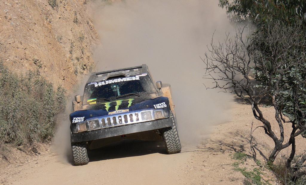 Robby Gordon Dakar Hummer