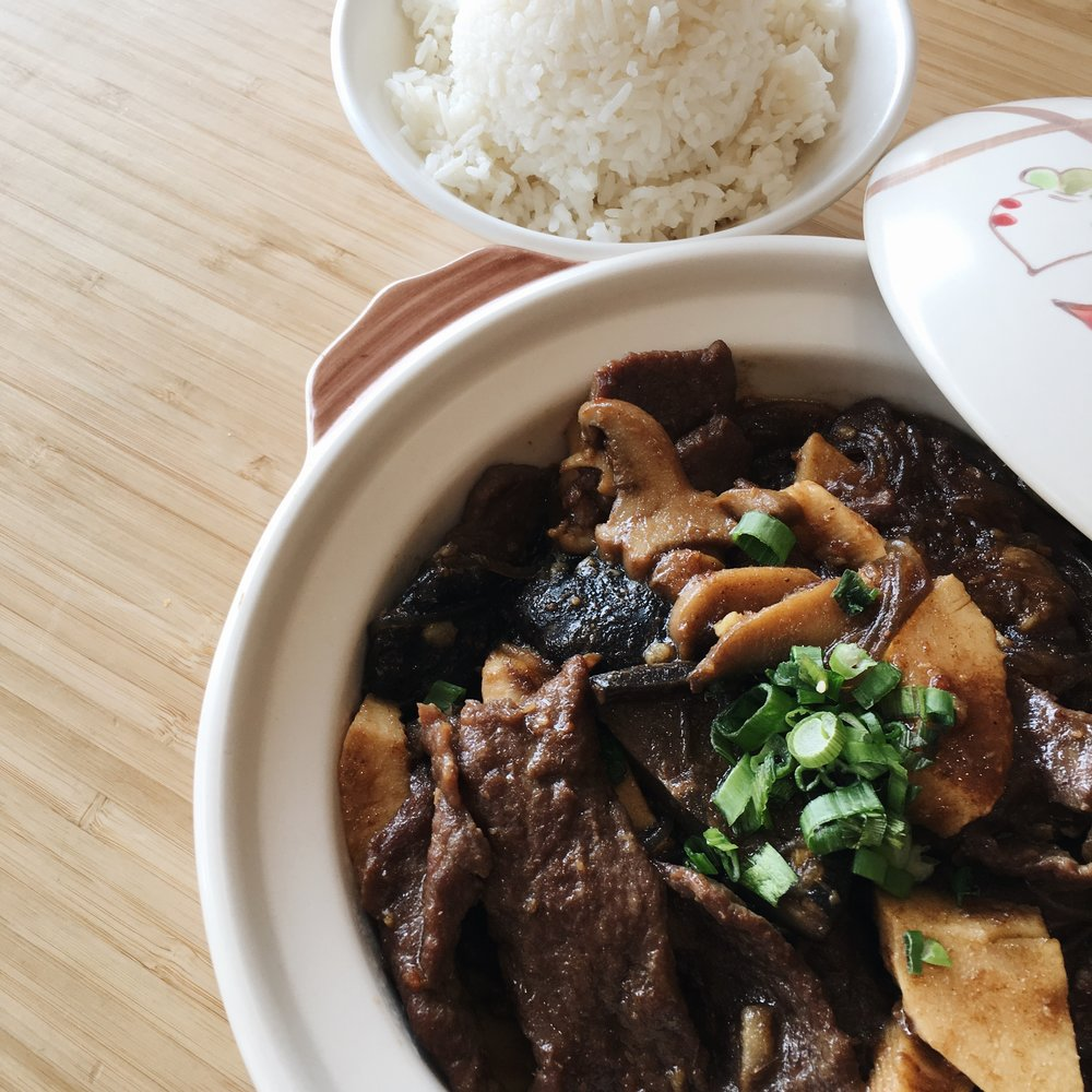 ShaCha Beef Midsize Claypot.jpeg