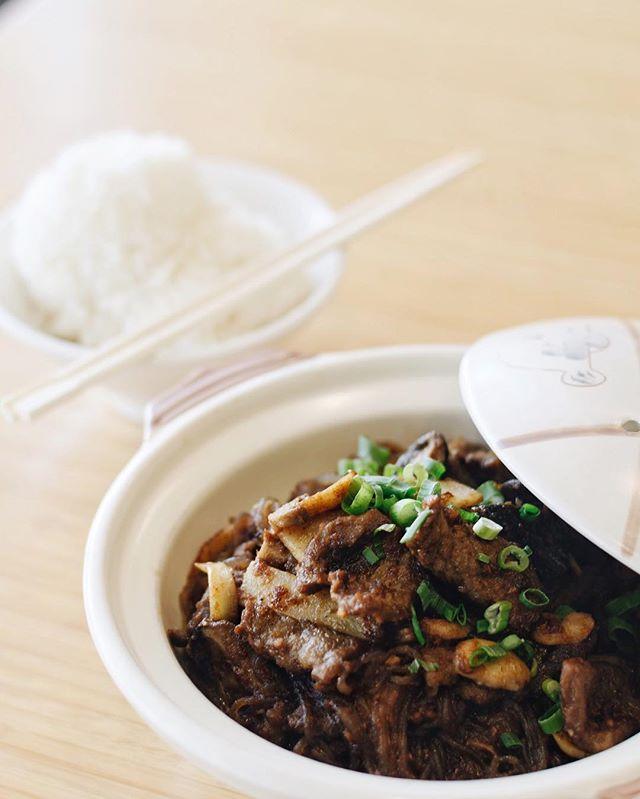 I bet you've never seen Shacha Beef like ours!😍😍 . . . #delicious #yummy #tasty #instafood #foodstagram #newmenu #upgrades #chinesefood #goodeats #laeats #ucla #westwood #phaat #treatyoself #realfood #nomnom #eeeeeats #koalatcafe