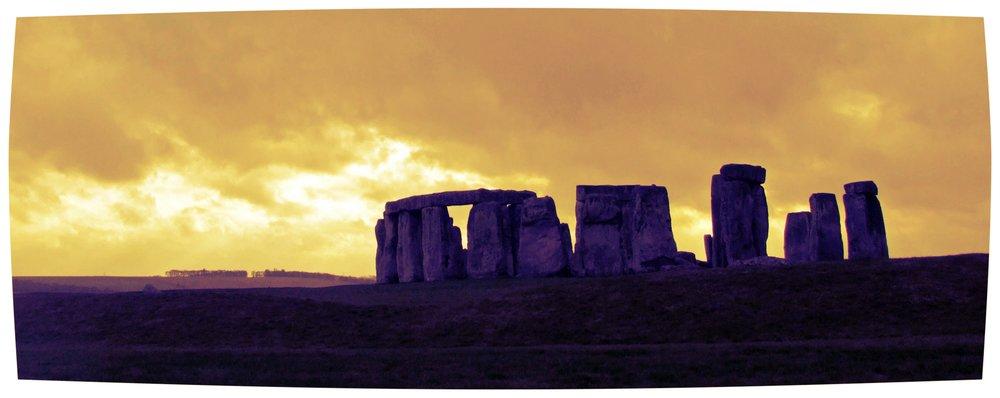 stonehenge-1229882.jpg