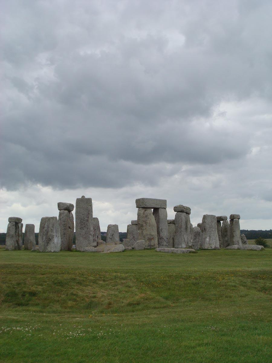 43 stonehenge.jpg