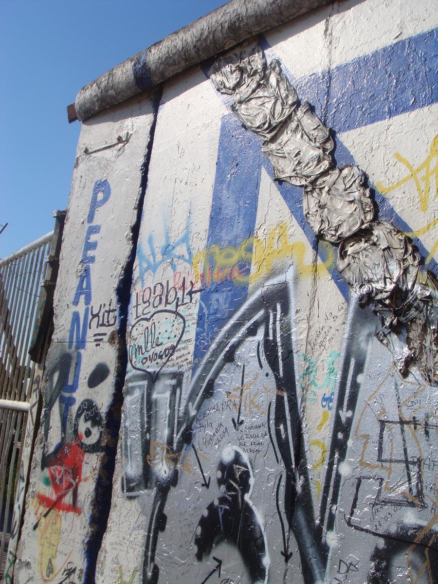 01 wall.jpg