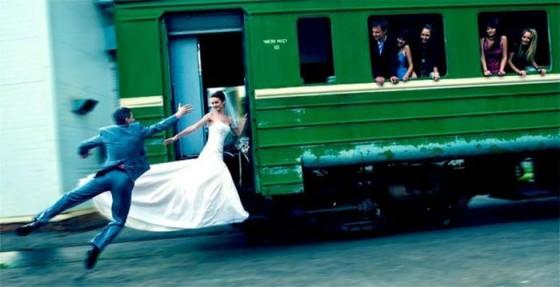 Bizarre-Honeymoon-Pictures-0032.jpg