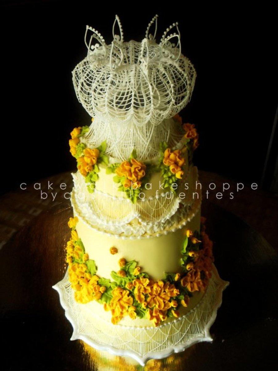 900_128103kVXQ_lambeth-and-australian-string-work-cake.jpg