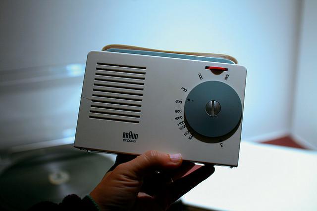 Radio portable Exporter 2 (Braun, 1956).