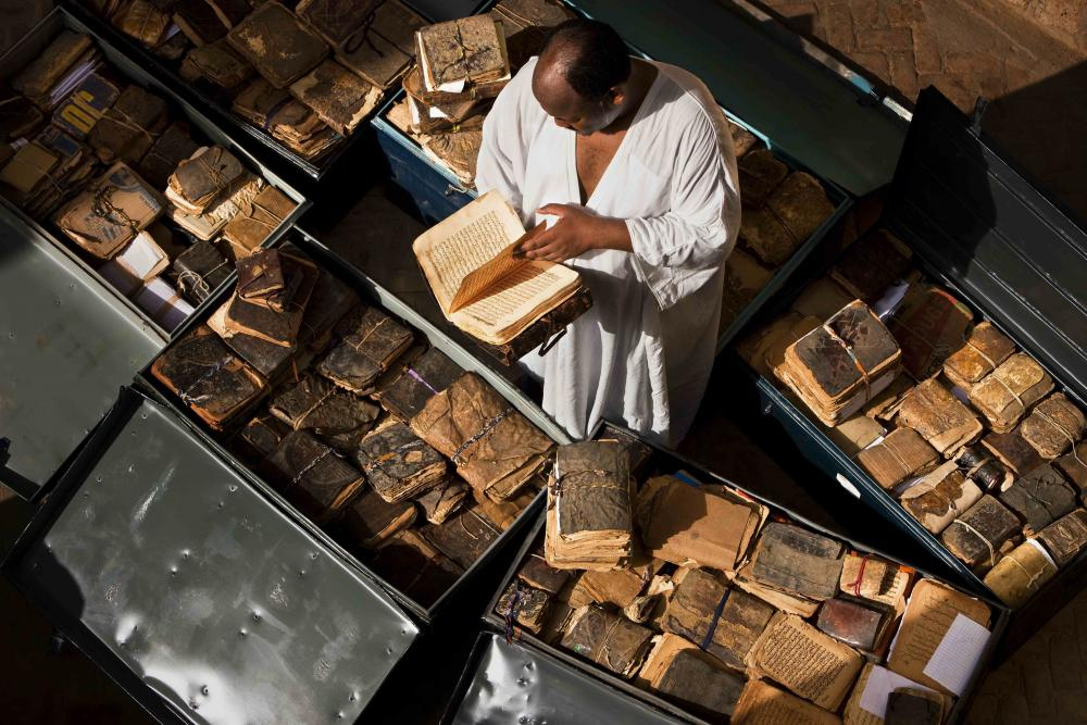 5 blog ancient-manuscripts--mali-niger--timbuktu.jpg