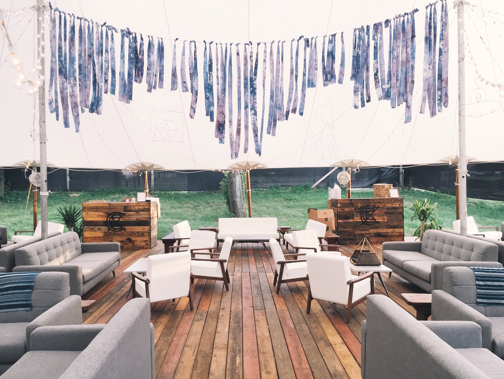 Artist Hang Tent