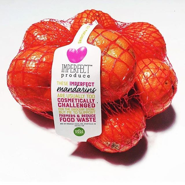 Labels we designed for @imperfectproduce Keep your eye out they are starting to pop up in Bay Area @wholefoods #uglyfood#wholefoods#imperfectproduce#design#packaging#foodpackaging#savetheplanet#lesswaste#mandarins#organic#sustainableliving