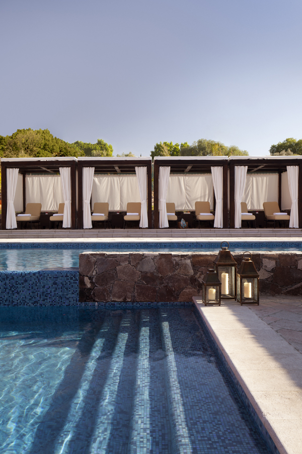 Pool Cabana, The Rosewood Hotel