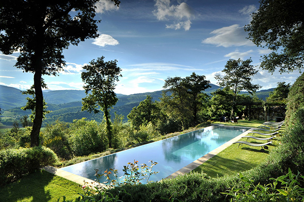 outdoor-swimming-pool-castello-di-reschio-lisciano-niccone-umbria-italy-conde-nast-traveller-13july15.jpg
