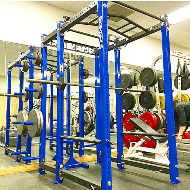 #beastmetals power rack #squats #fitness #gymmotivation #crossfit #homegym #strongman #strongwoman