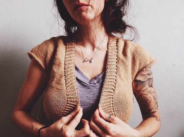Instagram by @pinkbrutusknits a knitwear designer