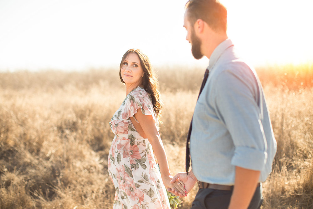 ellwood-bluff-elopement-ocean-view-rustic-weeds-fields-mountains-santa-barbara-wedding-beach-canary-hotel (9).jpg