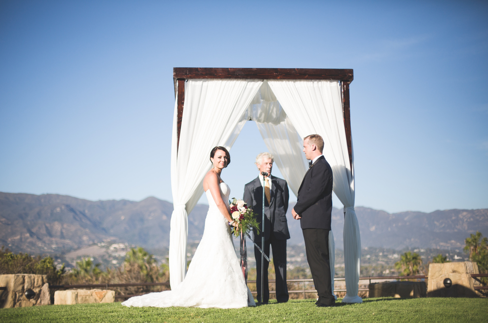 santa-barbara-elopement-alegria-by-design-wedding-planner-coordinator-city-college-ocean-view-harbor-chuppah-wine-cask- (11).jpg