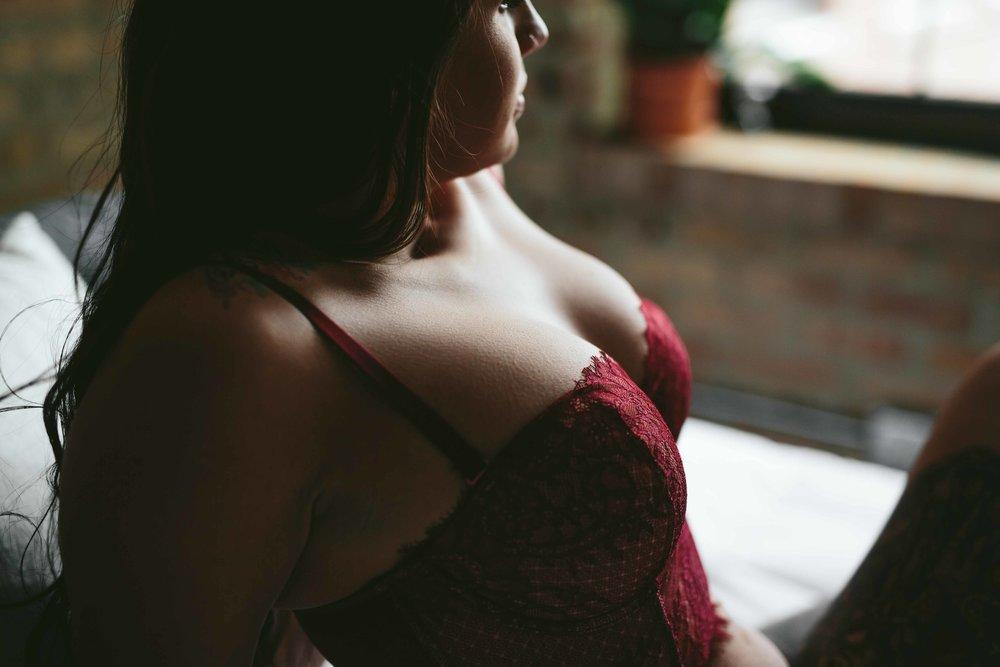boudoir-photographer-photos-chicago-powers-30.jpg