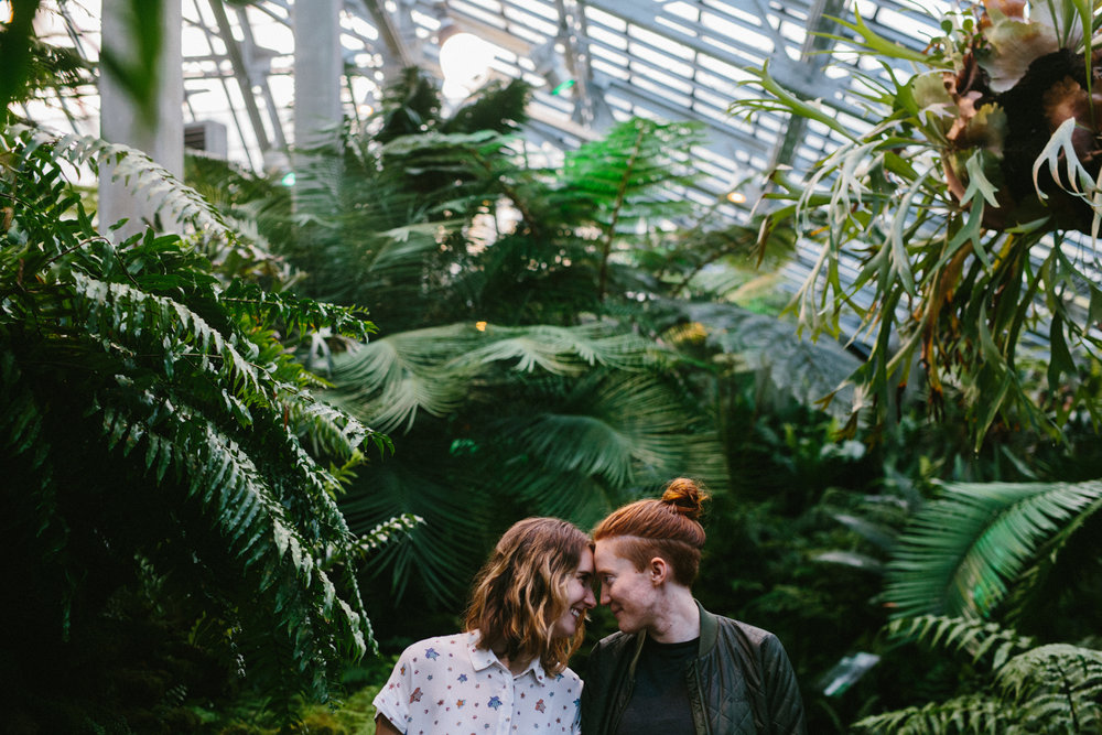 Chicago-Proposal-Photos-Garfield-Park-Conservatory-35.jpg