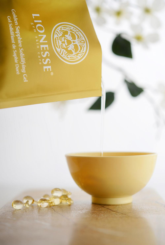 Lionesse-Peel-Mask-GoldenSapphire-Gel-web.jpg