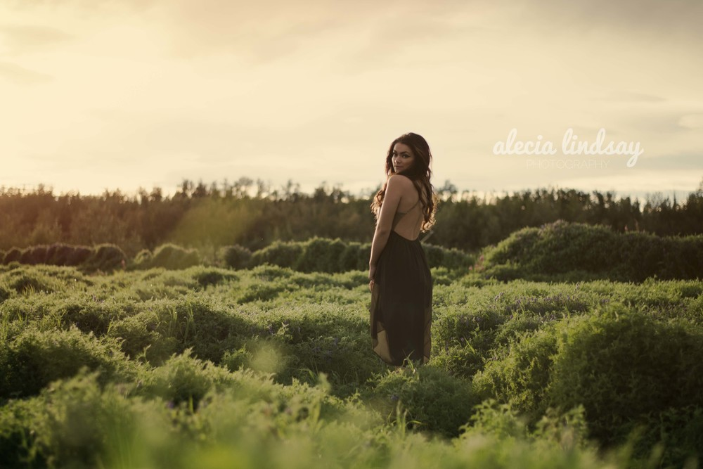 Golden hour photo session by fashion photographer from Seattle washington