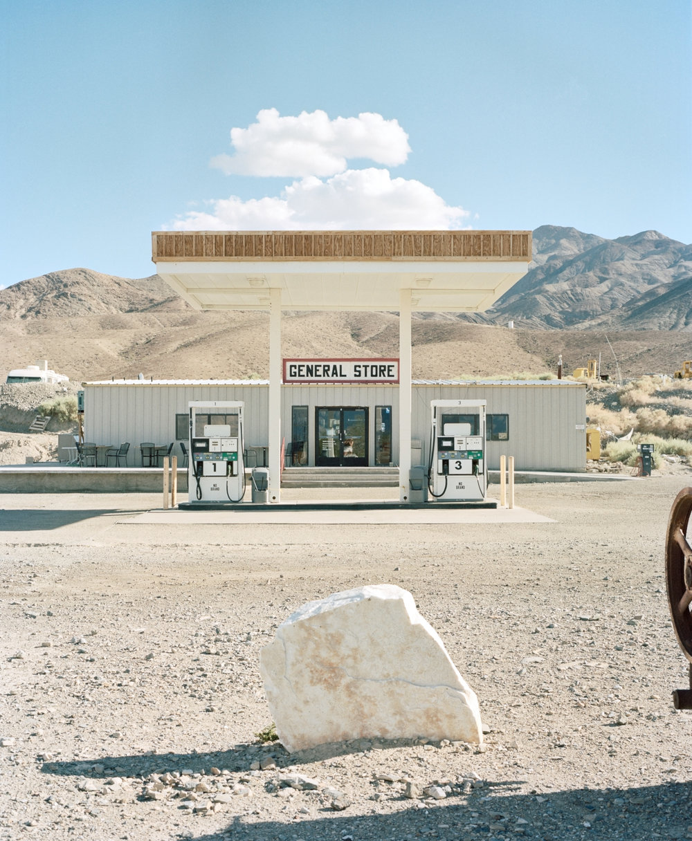 Cathy_USA_General store in Death Valley 001.jpg