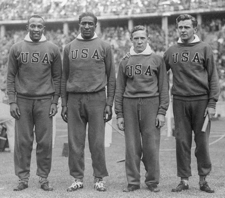 Jesse_Owens,_Ralph_Metcalfe,_Foy_Draper,_Frank_Wykoff_1936.jpg
