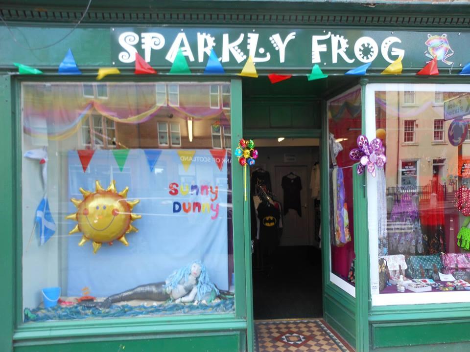 sparklyfrog.jpg